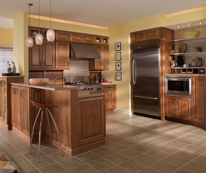 Maple cabinets in medium finish by Diamond Cabinetry